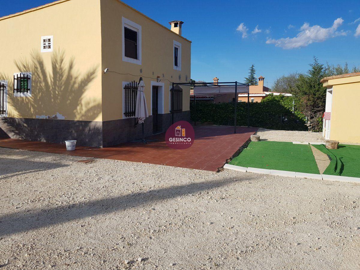 casa-con-terreno en ontinyent · cami-la-purisima 59000€