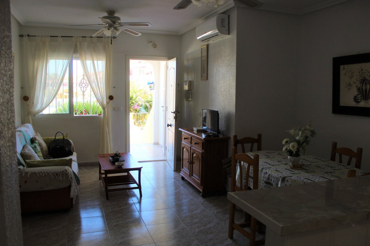 Bungalow in Orihuela Costa - Resale in Home Pandora