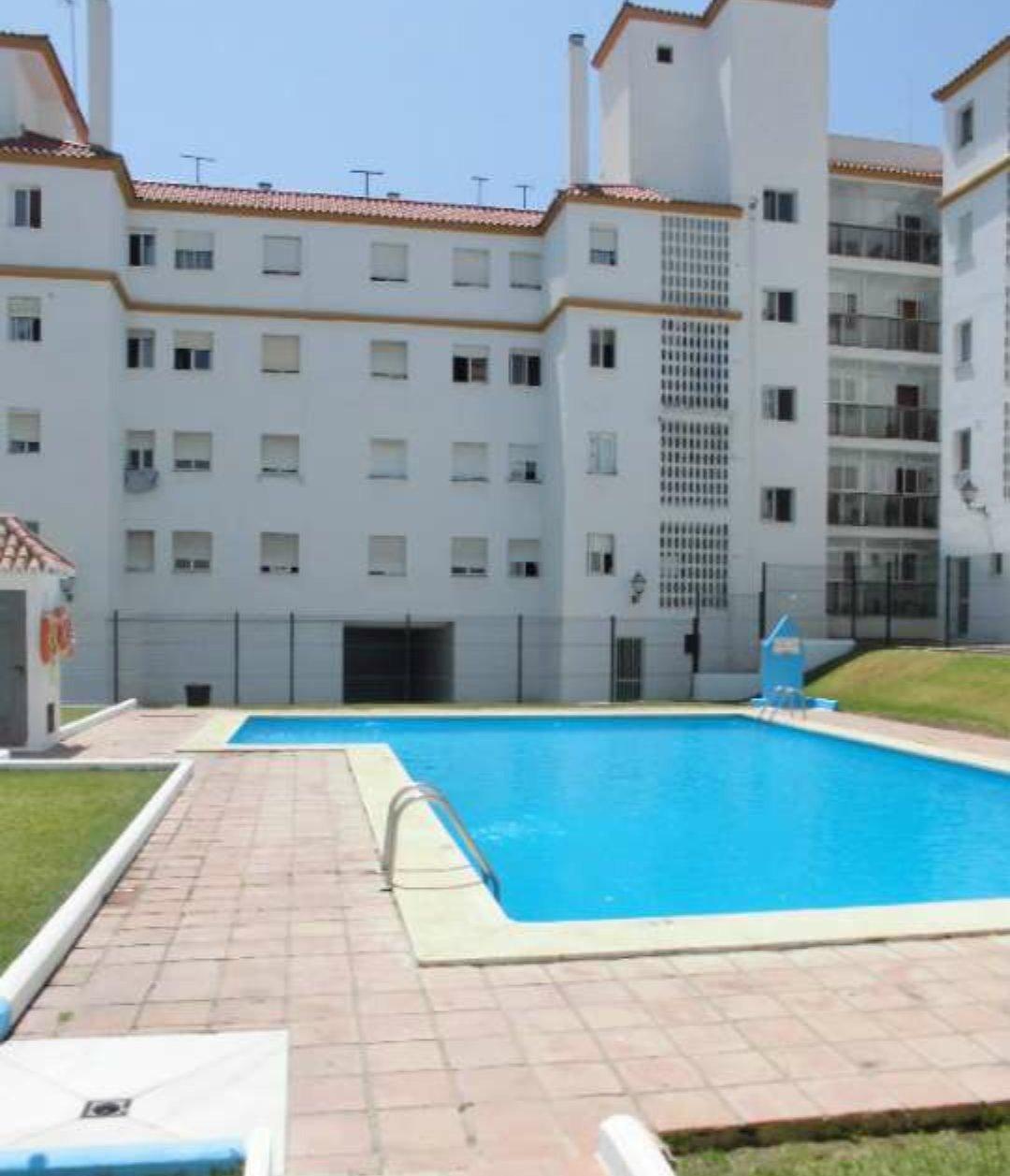 Apartamento en venta en Huerta Nueva, Estepona