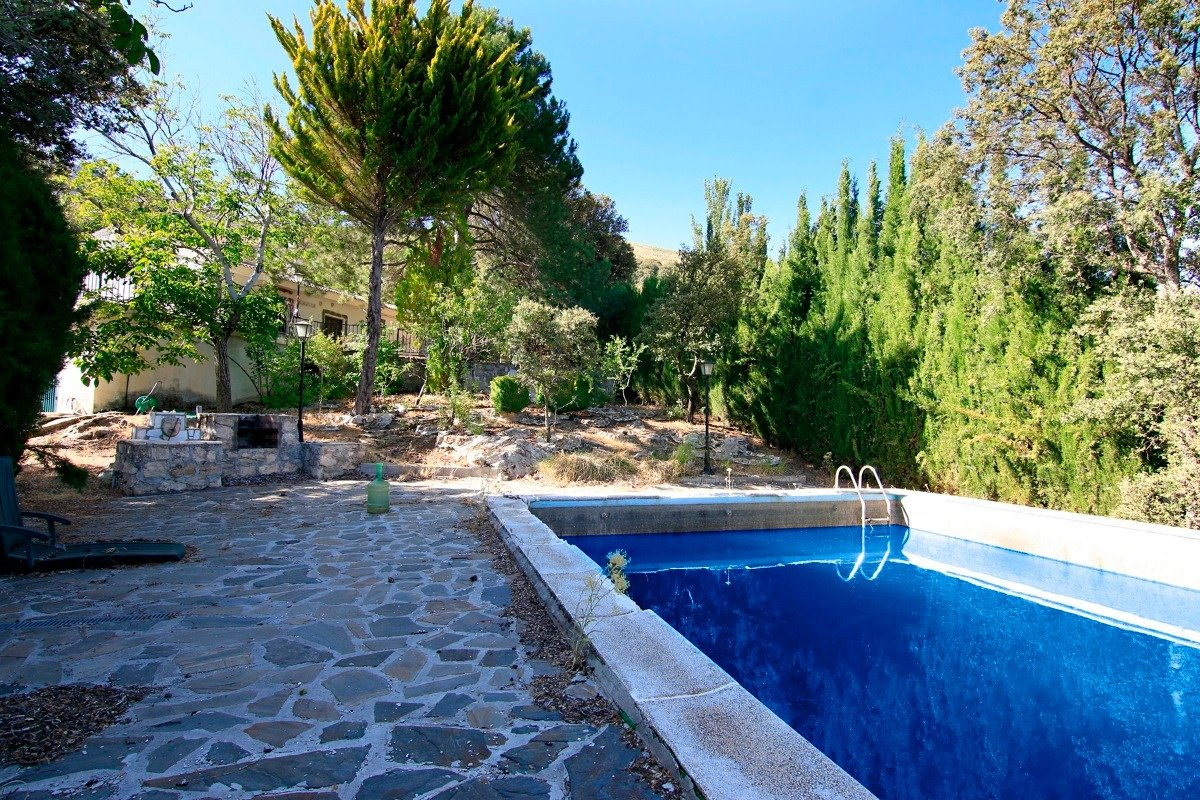 PARAISO EN EL PARQUE NATURAL DE LA SIERRA DE HUETOR SANTILLAN, Granada