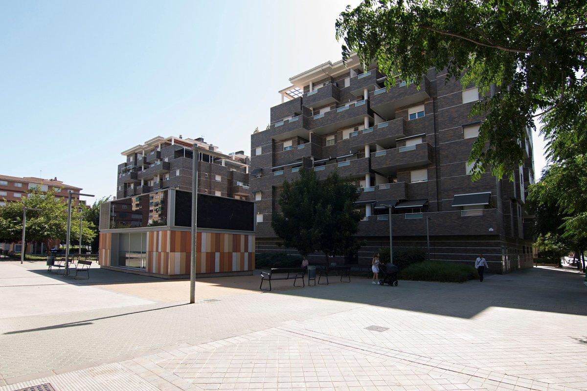 Edificio de reciente construcción, ubicado donde estaba la antigua Hípica. Zona ideal para familias,, Granada