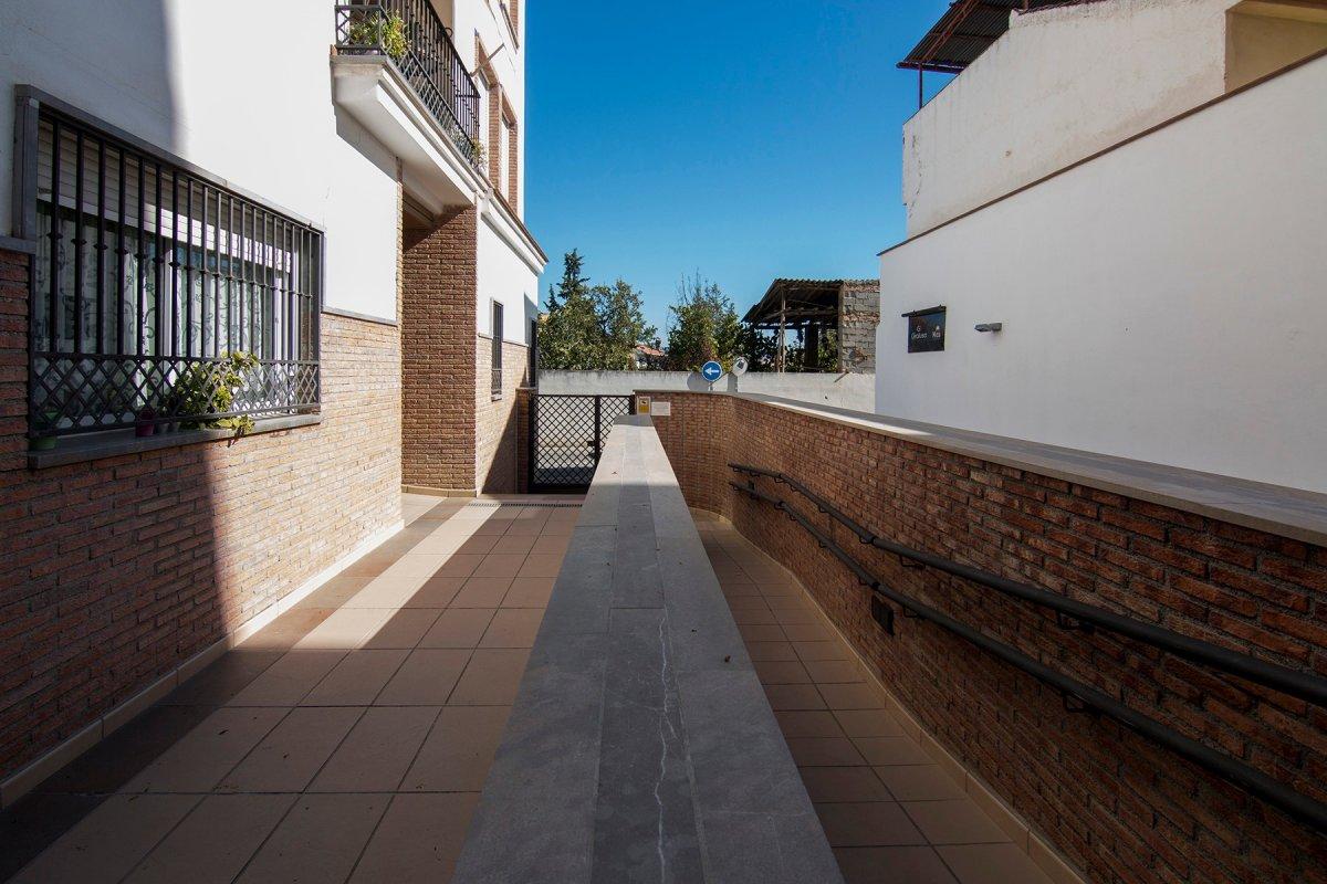 APARTAMENTO EN EL CENTRO DE ALHENDÍN-RESIDENCIAL PRIVADO., Granada