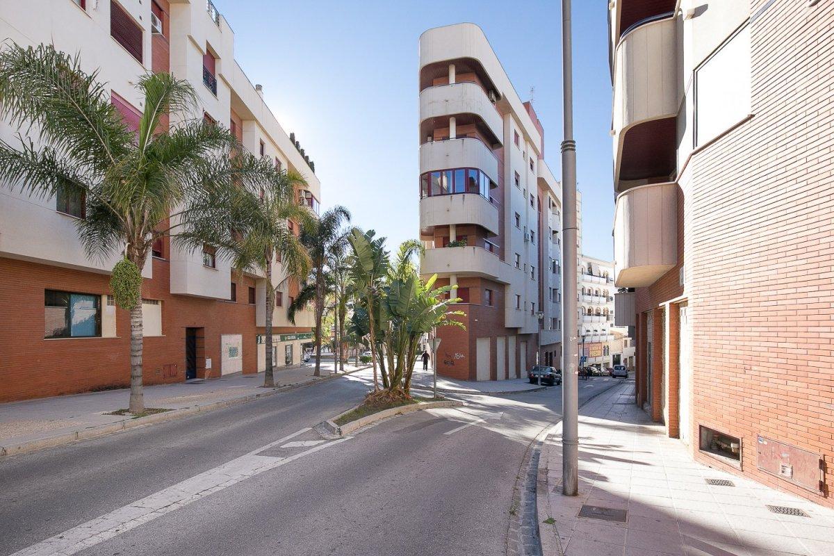 JUNTO A JUZGADOS, Granada