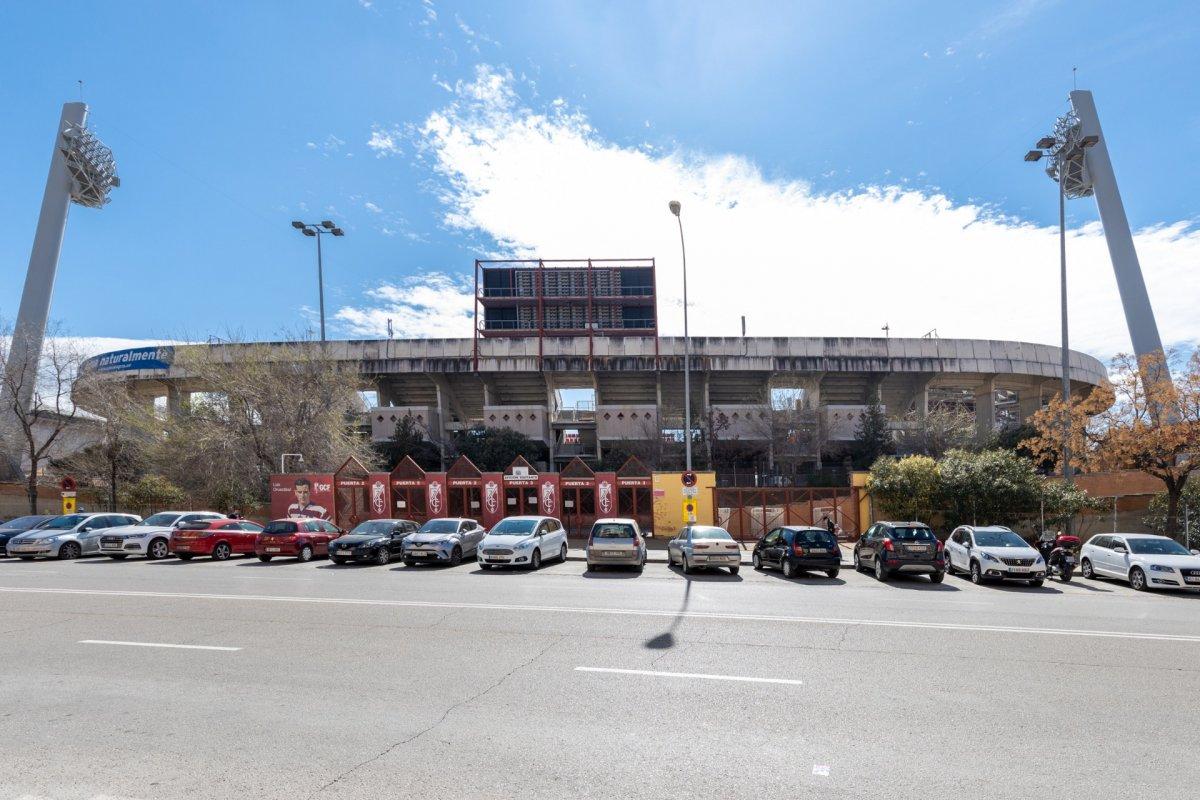 Local ideal inversores – Estadio del Nuevo Los Carmenes