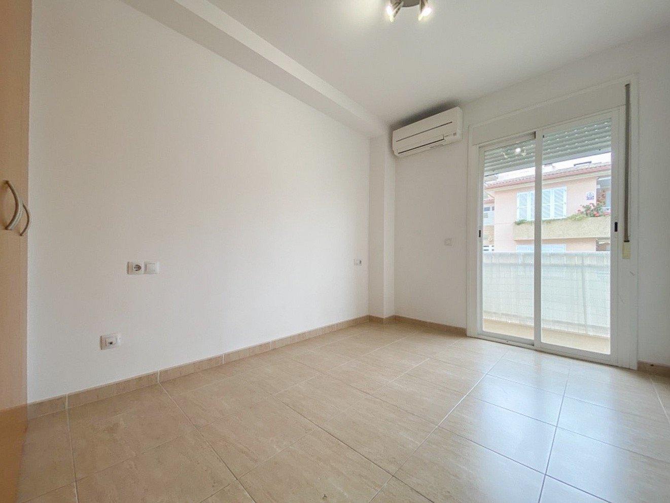 Primer piso con terraza y parking. inca. - imagenInmueble12