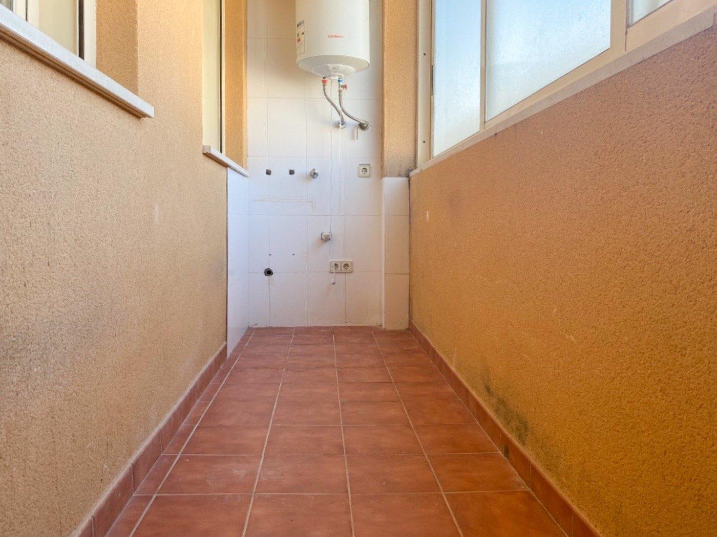 Amplio primer piso en inca. parking y trastero incluidos. - imagenInmueble10
