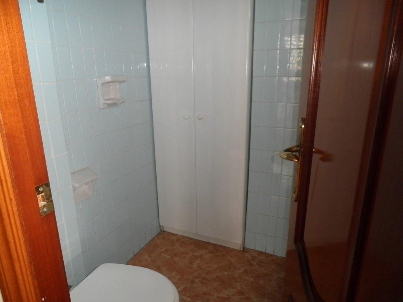 Oportunidad de vivienda reformada en finca con ascensor  y garaje incluido - imagenInmueble7