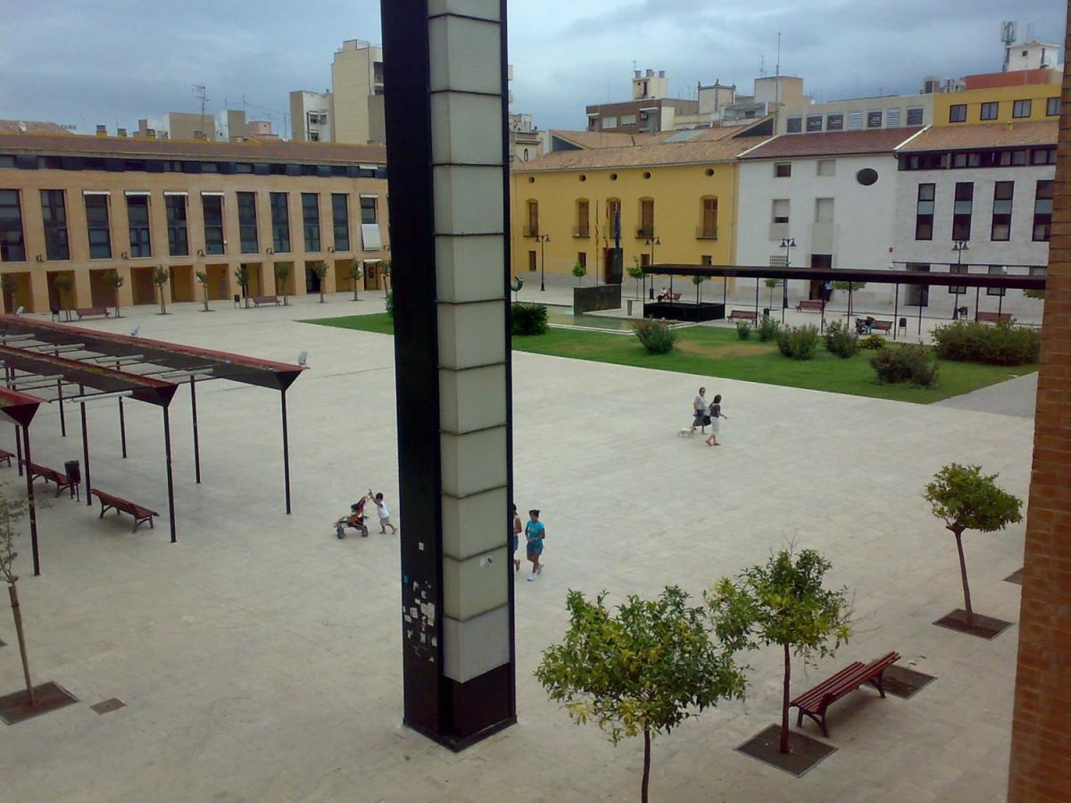 Espectacular vivienda de diseÑo junto al ayuntamiento de catarroja - imagenInmueble7