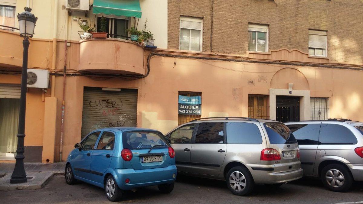 local-comercial en valencia · aiora---ayora 380€