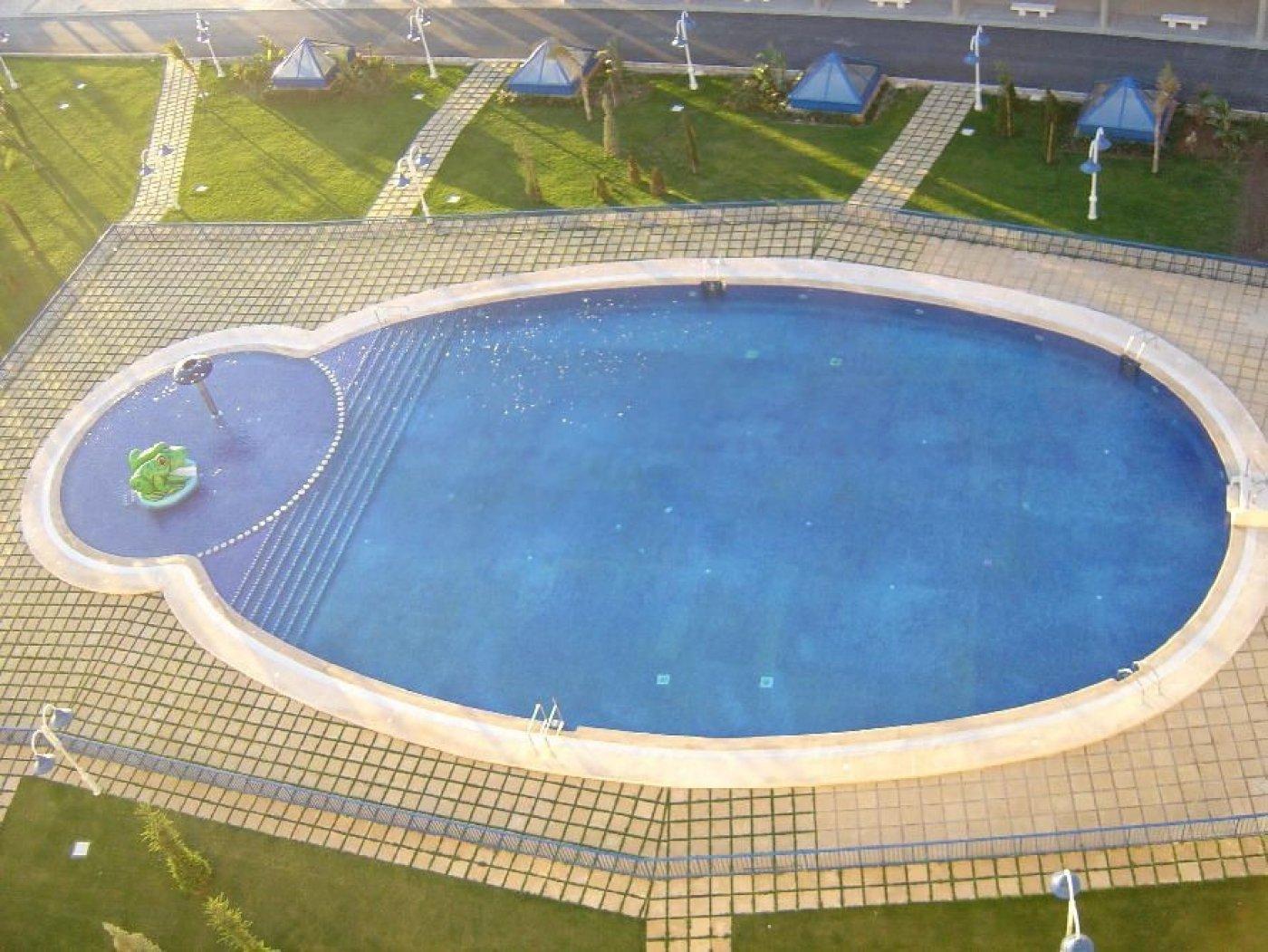 Oportunidad de atico duplex amueblado en residencial - imagenInmueble1