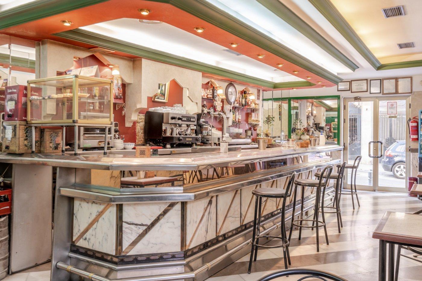 Atencion¡¡  local comercial actualmente es cafetería