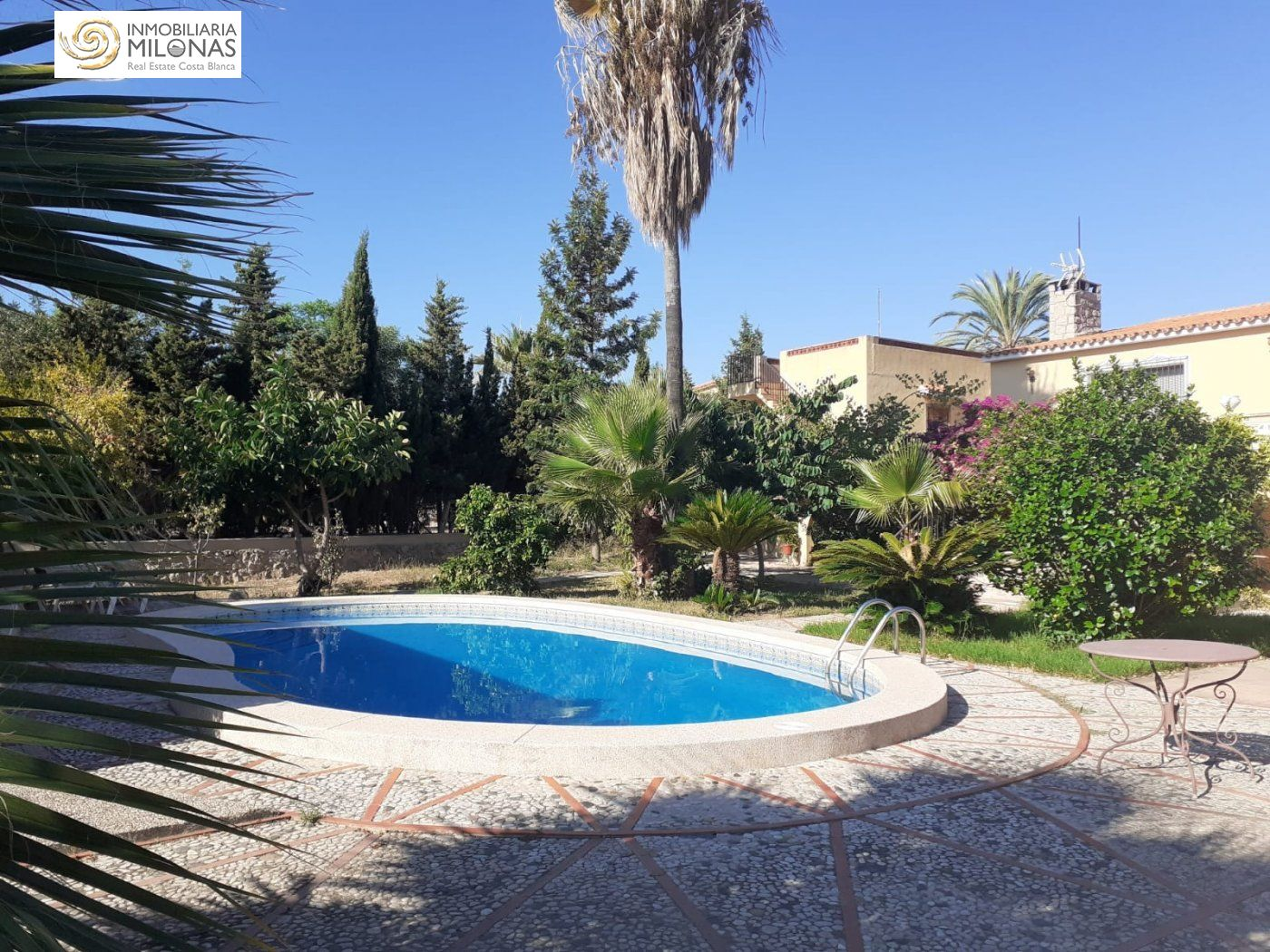house en lalfas-del-pi · alfas-del-pi 550000€
