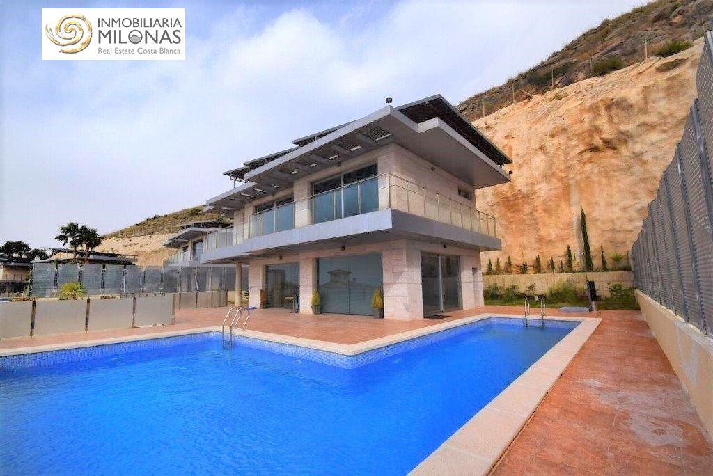 luxury-villa en finestrat · golf-bahia 650000€