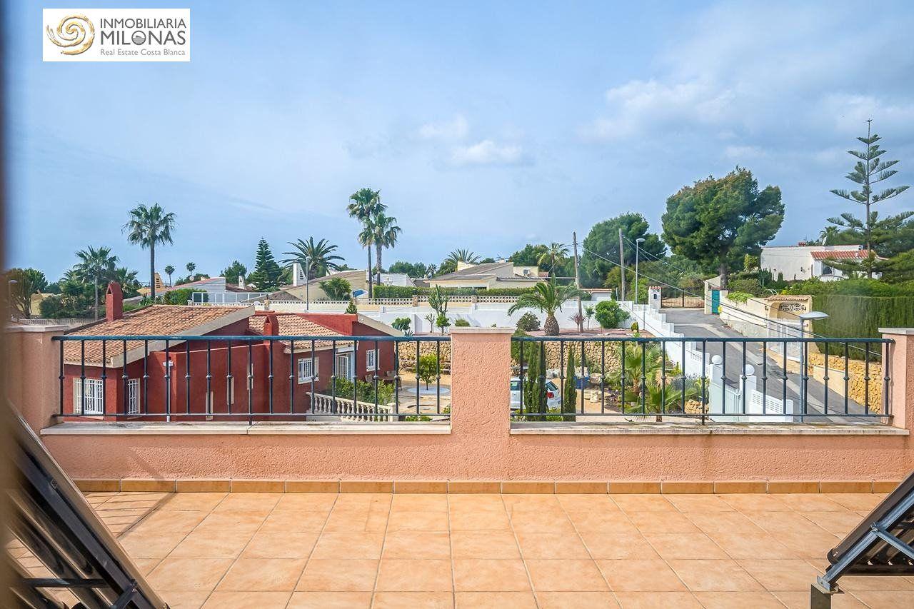 ДОМ en La-Nucia · Barranco-Hondo 185000€
