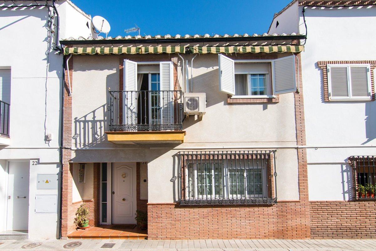 Preciosa Casa Adosada en Ciudad Jardin, Granada