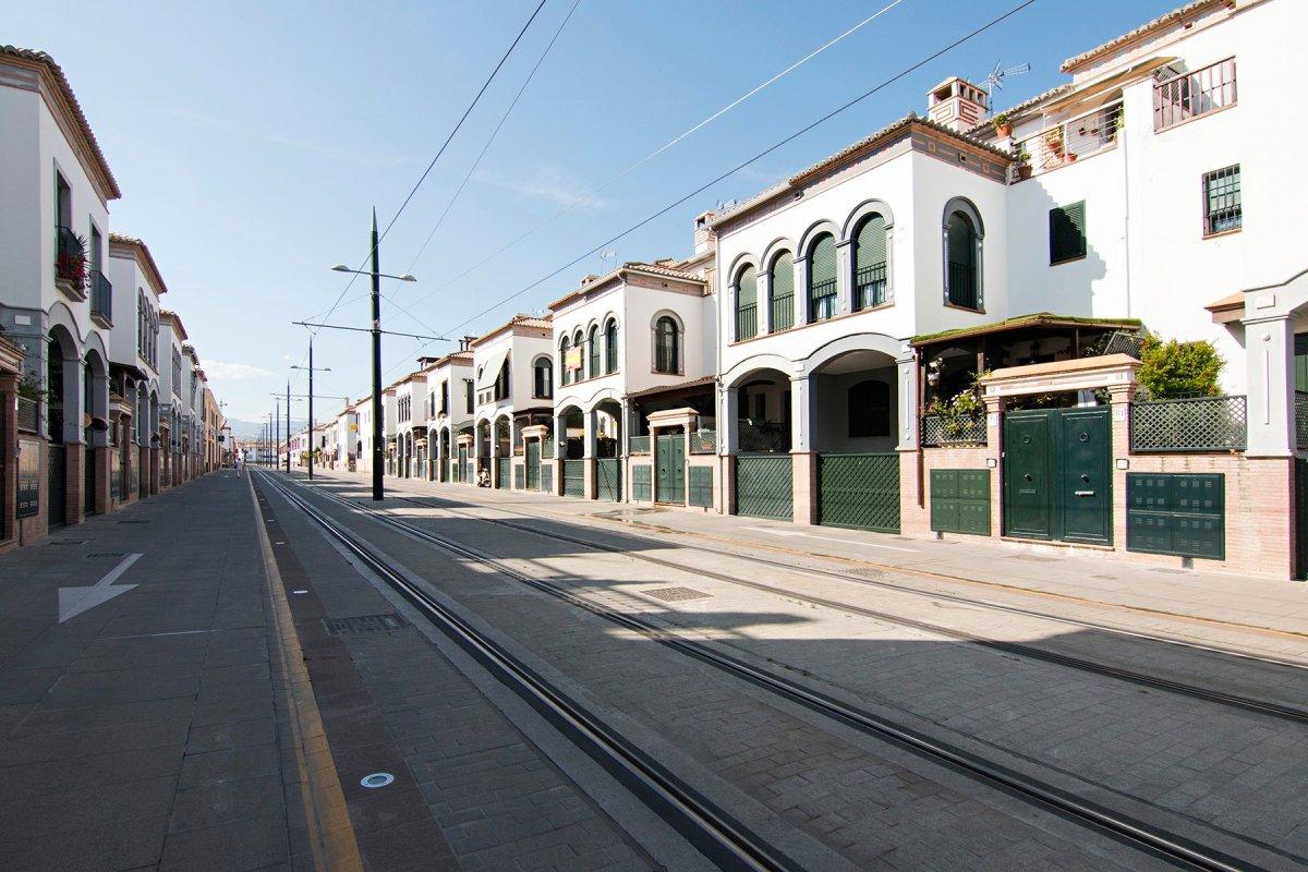 """MAGNIFICO PRECIO"""" Magnifica casa adosada en Armilla, junto al campus de la salud, Granada"""