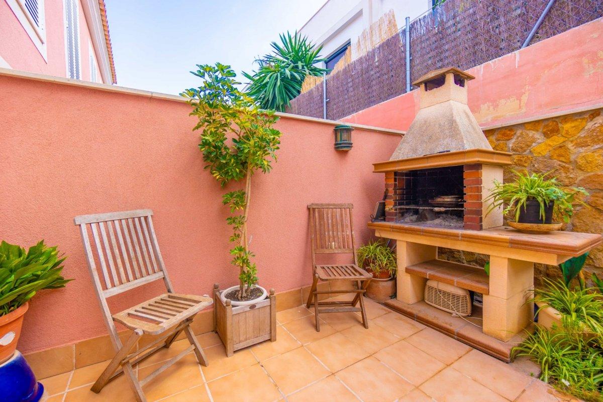 En venta precioso chalet adosado con terraza y garaje en zona colegios (son rapinya). - imagenInmueble0