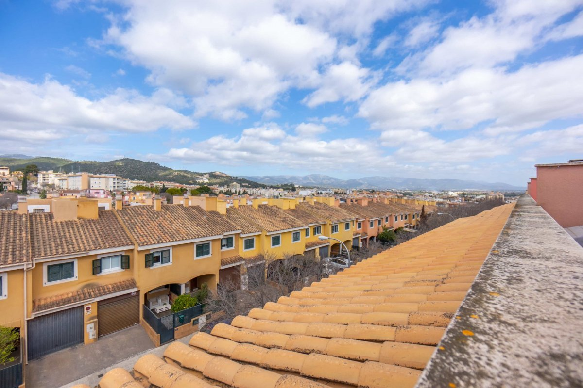 En venta precioso chalet adosado con terraza y garaje en zona colegios (son rapinya). - imagenInmueble30