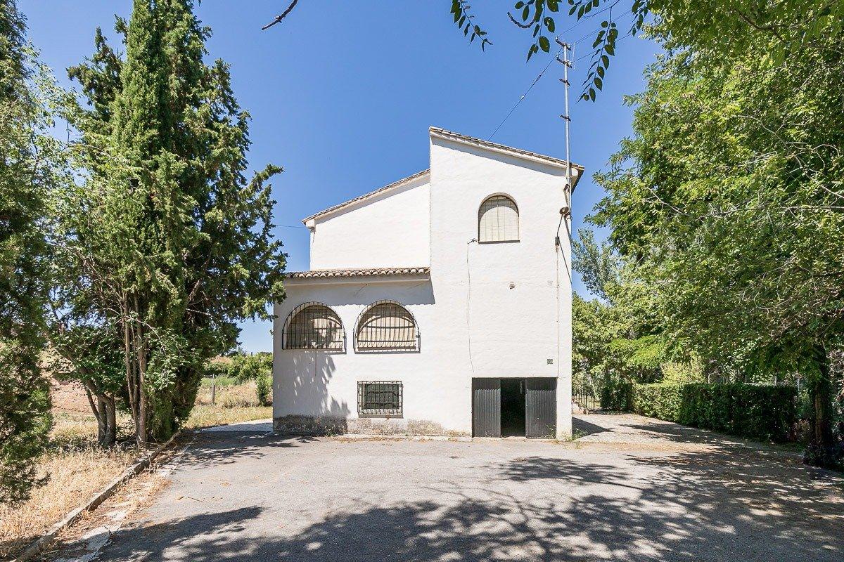 Magnífica casa de campo en la entrada de La Zubia, Granada
