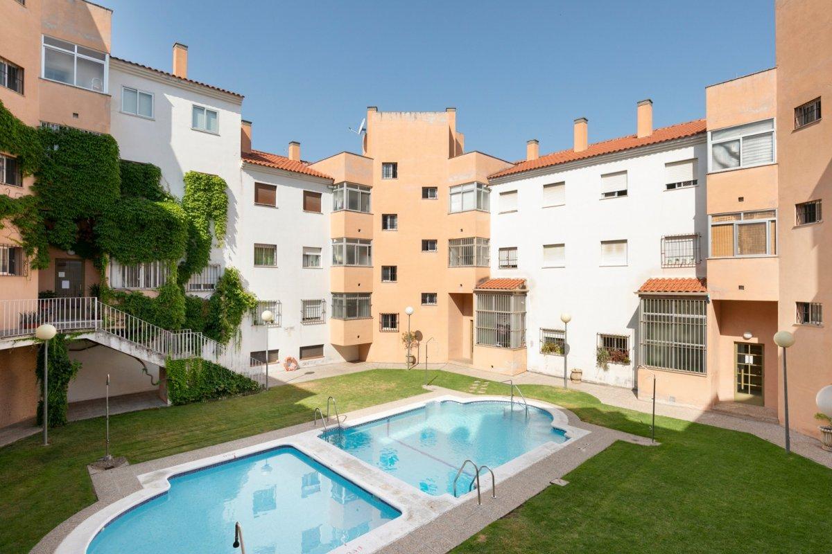 Magnífico piso en Bola de Oro - Granada