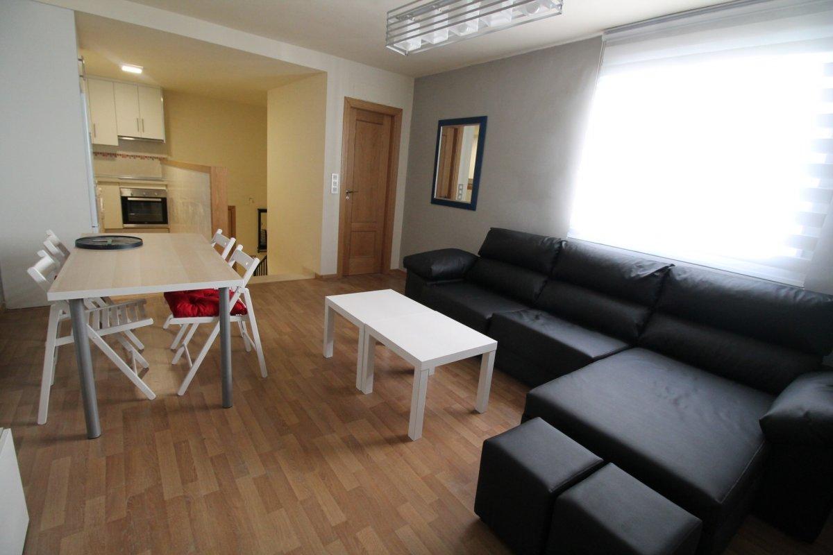 alquiler piso en la C/Almeria en el barrio de Monachil