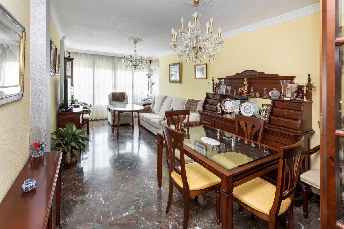 Gran piso en zona Villarejo