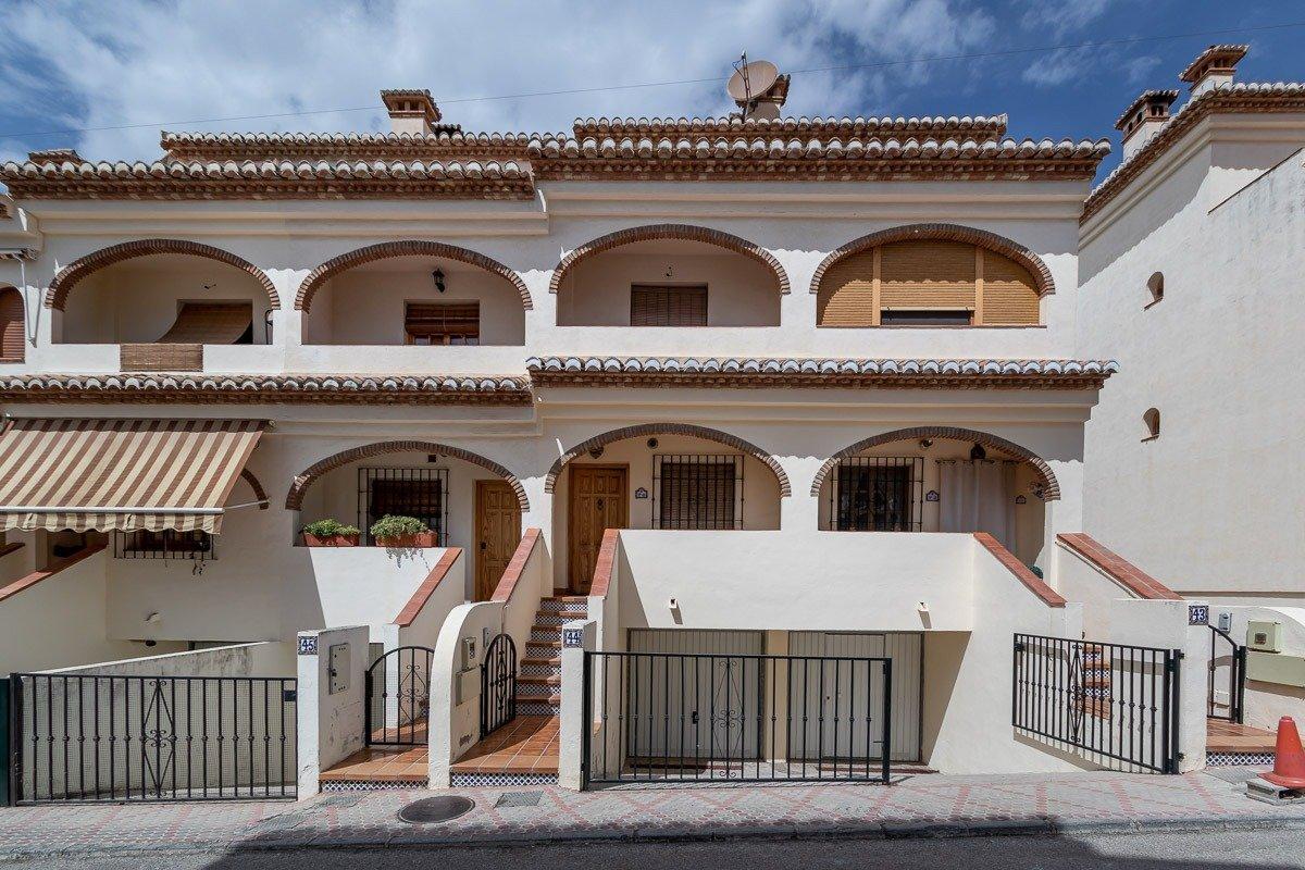 Unifamiliar en el Barrio de Monachil, Granada