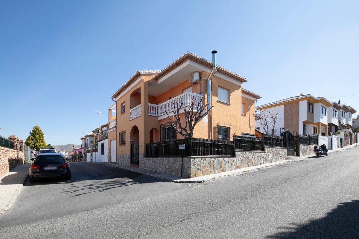 Estupenda casa en el Barrio de Monachil
