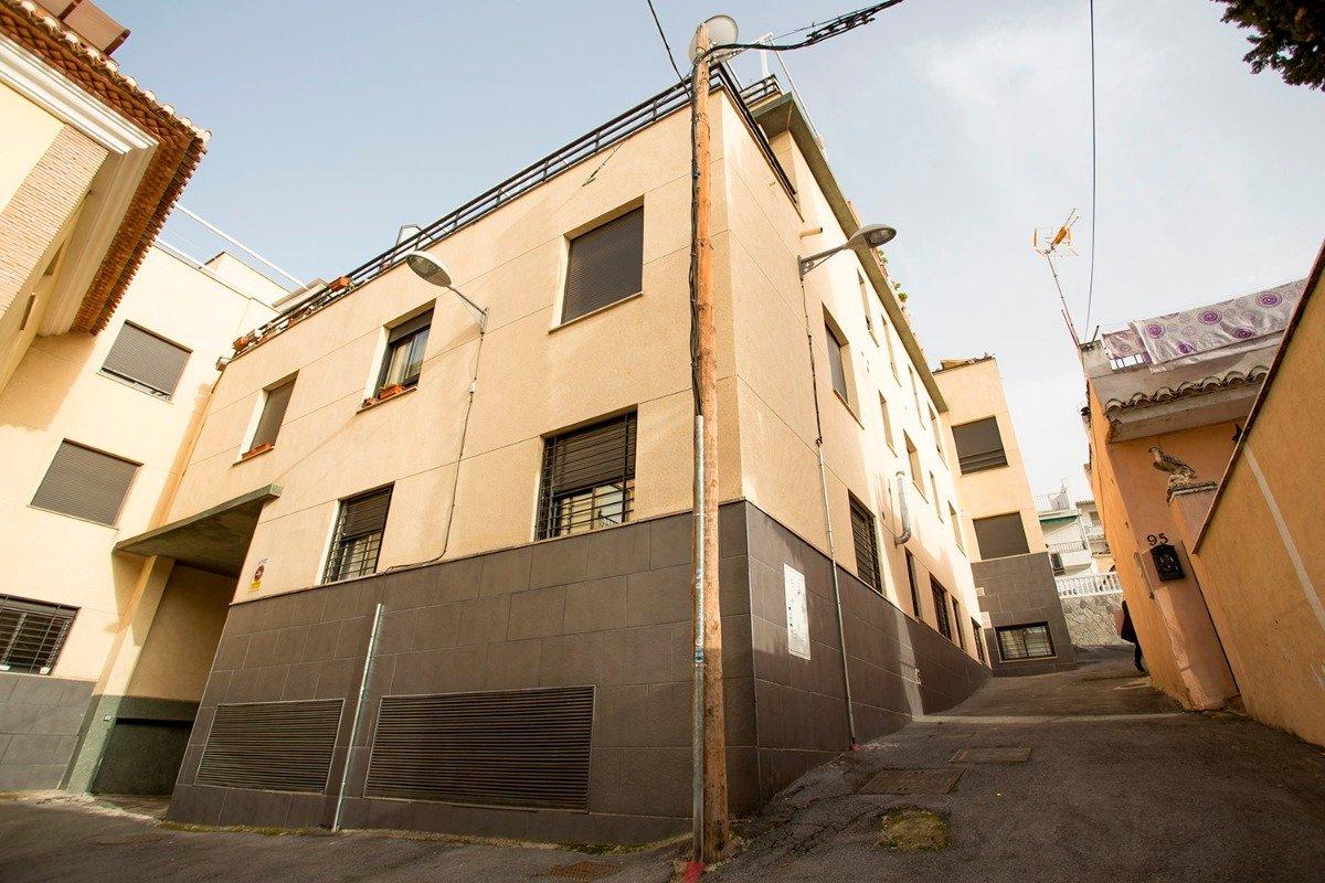 Estupendo piso de 2 dormitorios en el Barrio de Monachil