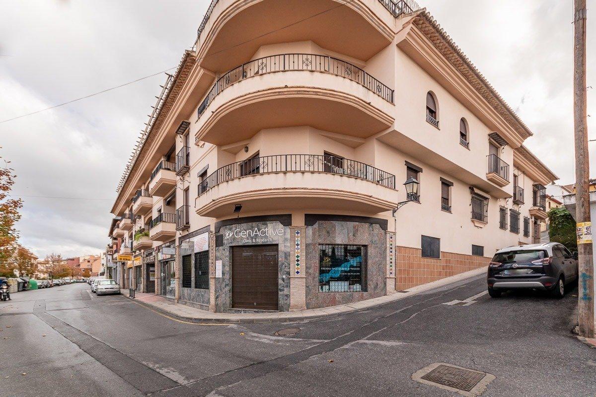 Piso con vistas a Granada en el Barrio de Monachil, Granada