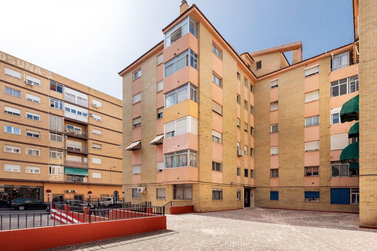 piso totalmente reformado junto Nuevo Estadio los Carmenes