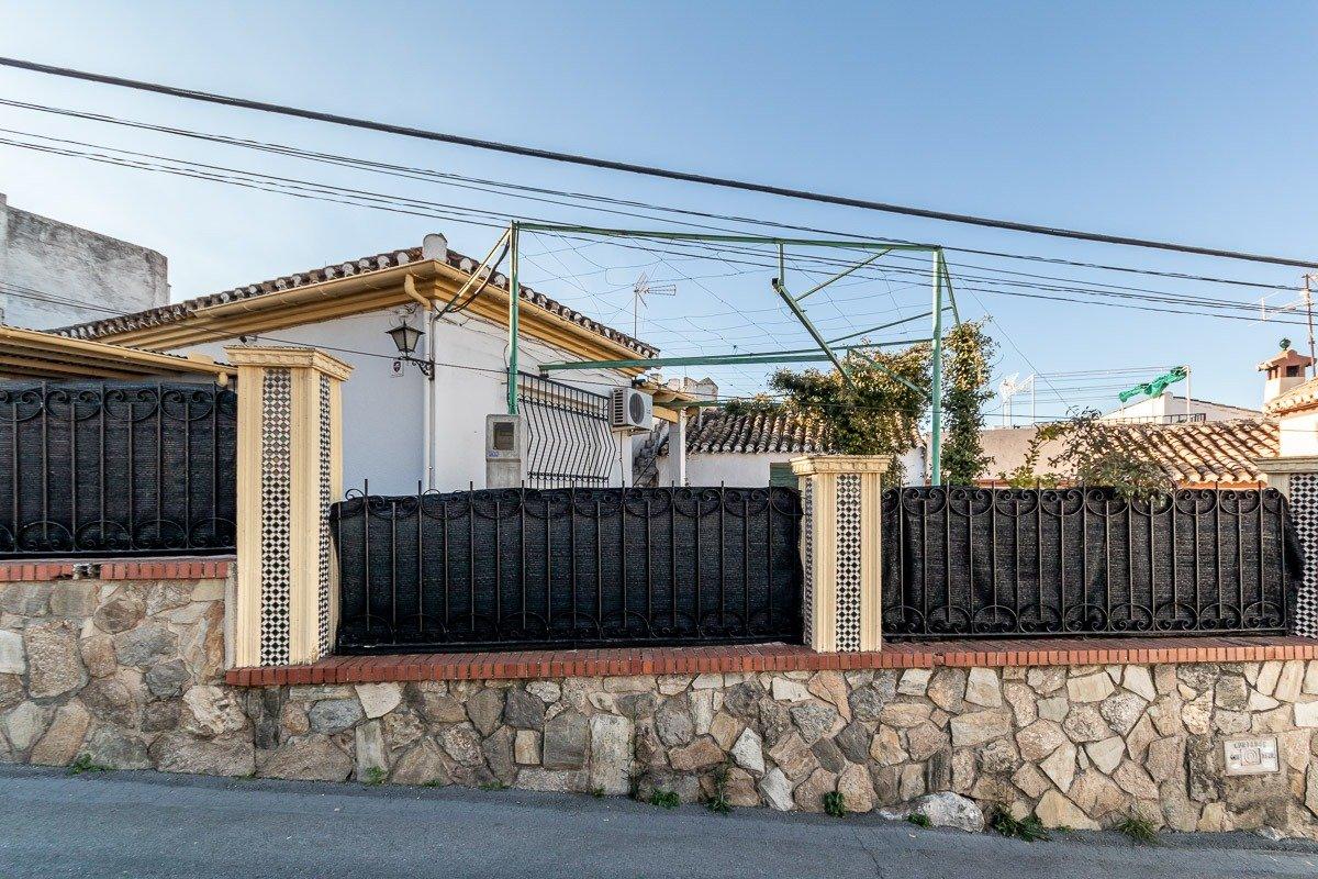 Casa en el centro de Huetor Vega