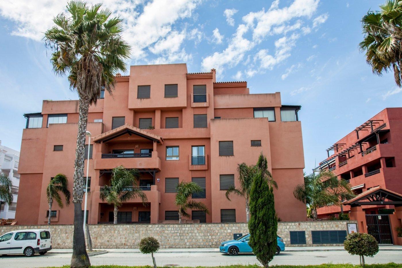 Piso exclusivo en Urbanización Los Moriscos II