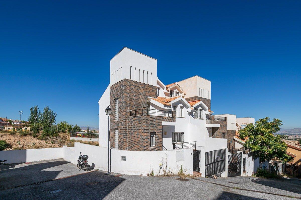 Casa Pareada en Urbanización Colinas Bermejas de Barrio de Monachil, Granada
