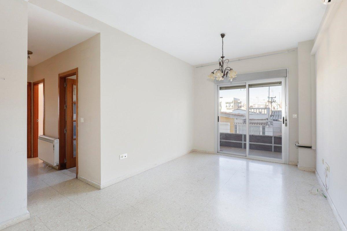 Fantástico piso semi-nuevo en Zaidin