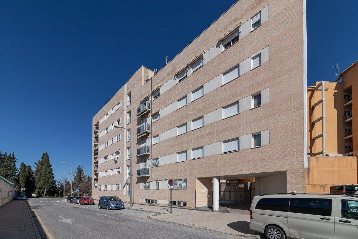 Piso de 3 dormitorios en una de las mejores zonas de expansión: entre Crta Málaga y La Chana