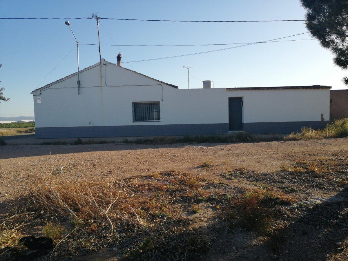 casa-de-campo en roldan · roldan 155000€