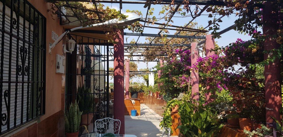 casa-con-terreno en cartagena · perin 180000€