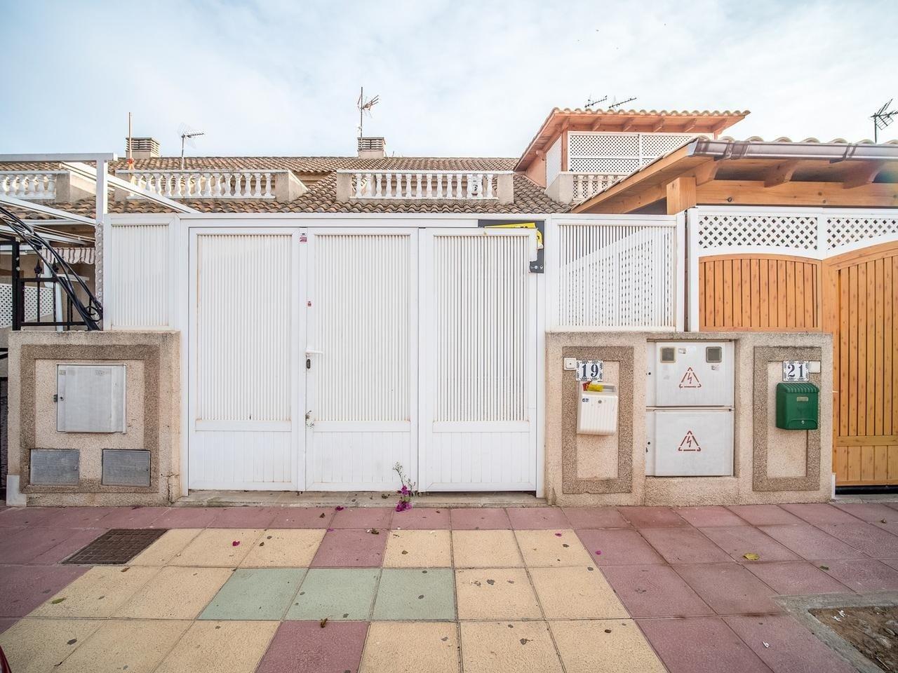 casa en los-alcazares · la-dorada 76000€