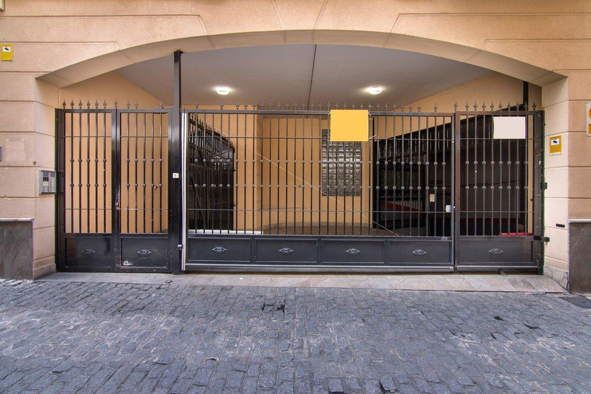 PLAZA DE GARAJE JUNTO AYUNTAMIENTO, Granada