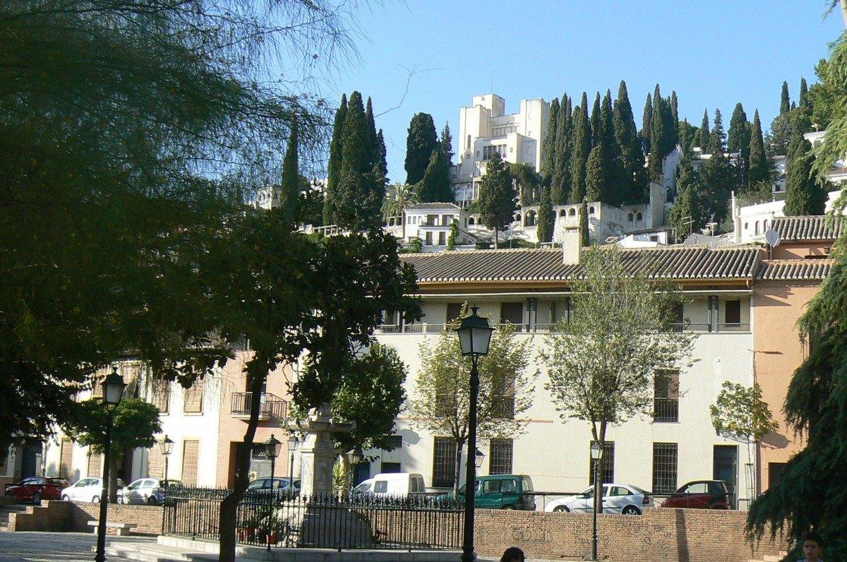 Edificio rehabilitado, ubicado en el corazon de Realejo a un paso de Campo de Principe y facultad de, Granada