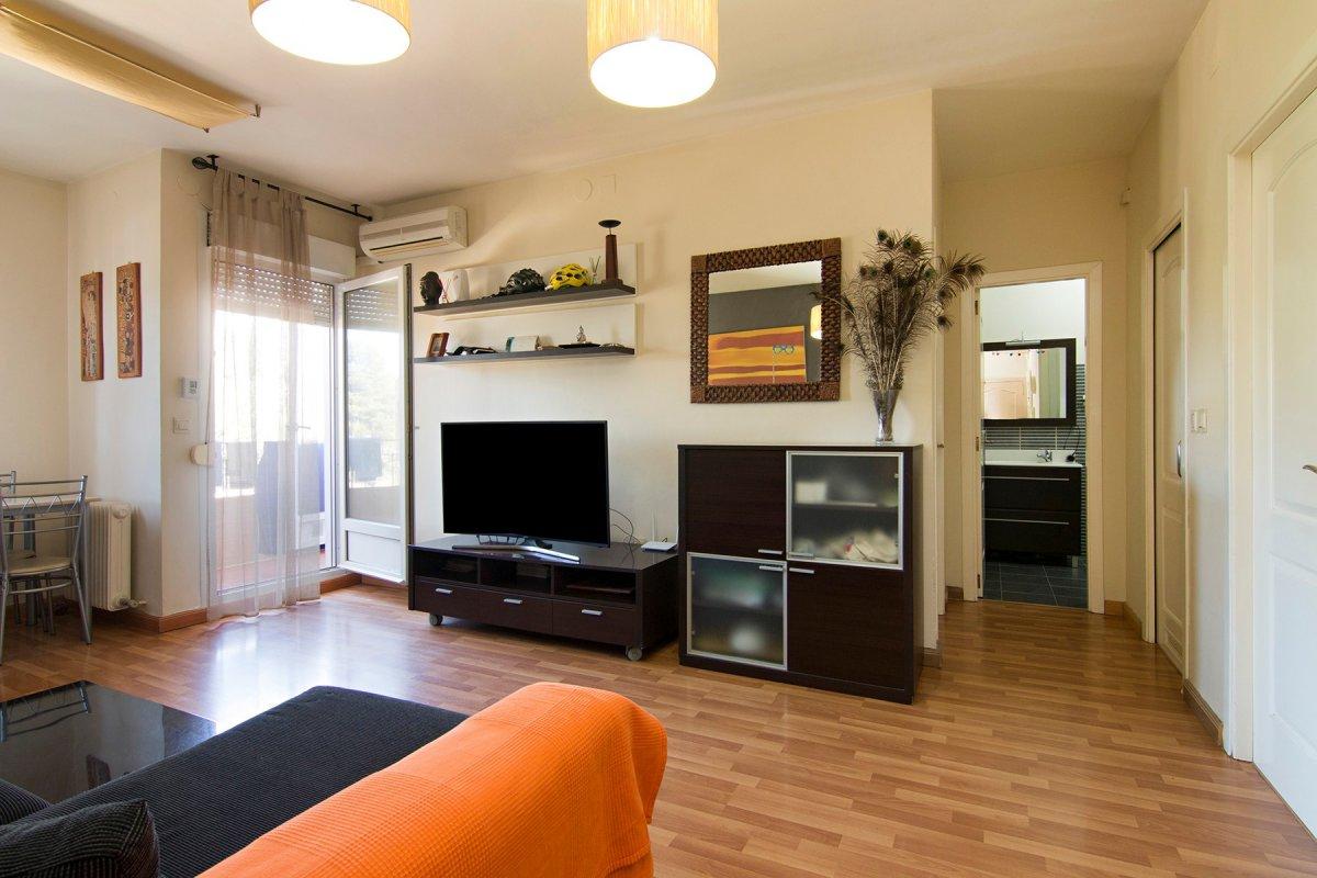 Magnifico piso de 2 Dormitorios en cenes De la Vega con plaza de garaje y piscina, Granada