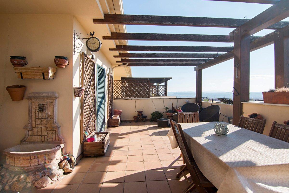 Magnifico dúplex con unas vistas impresionantes en Jun., Granada