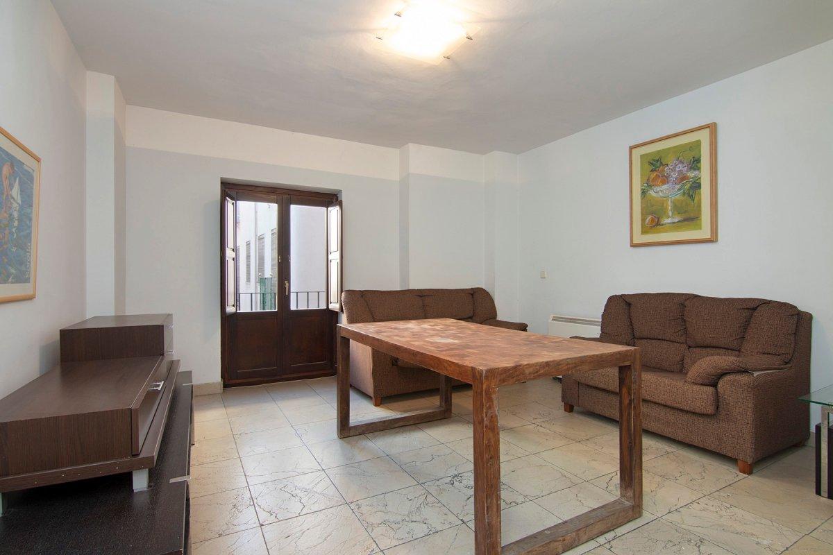 Buscando una inversión ? un piso para entrar a vivir? Atención, piso en el realejo,, Granada