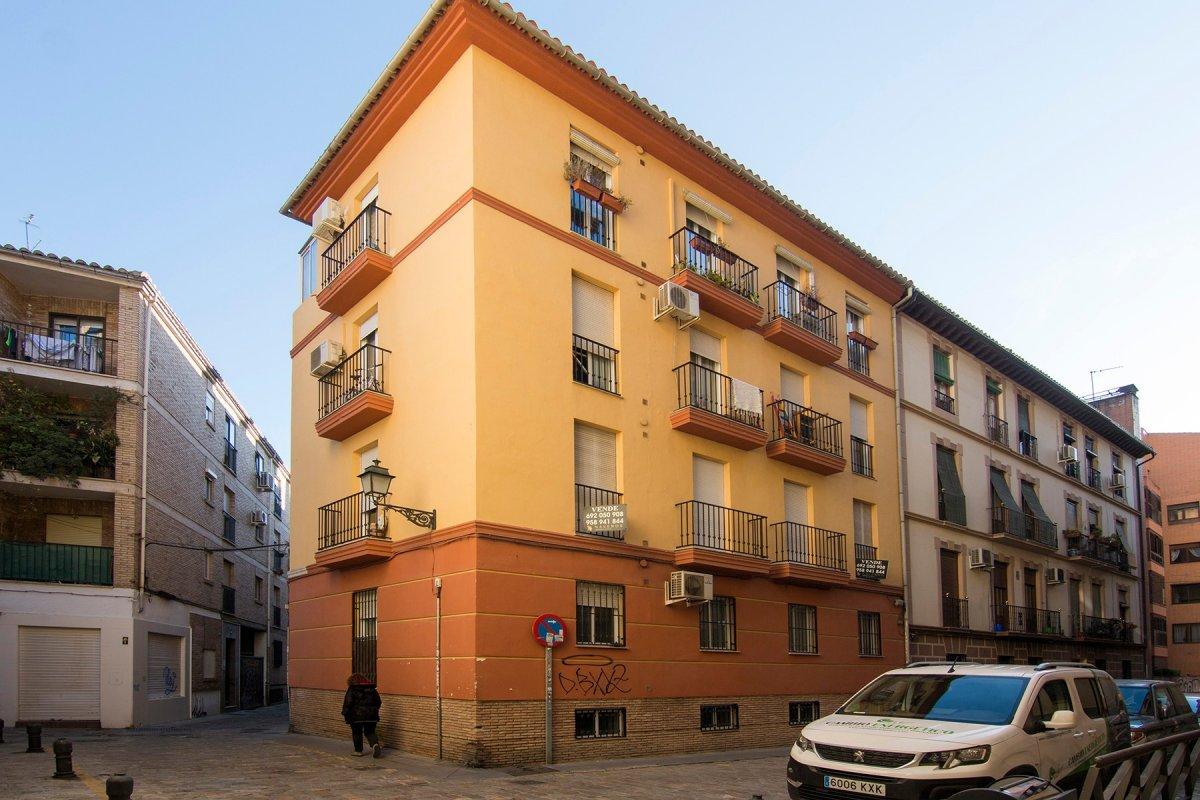 Piso en el centro histórico de Granada en el barrio del realejo