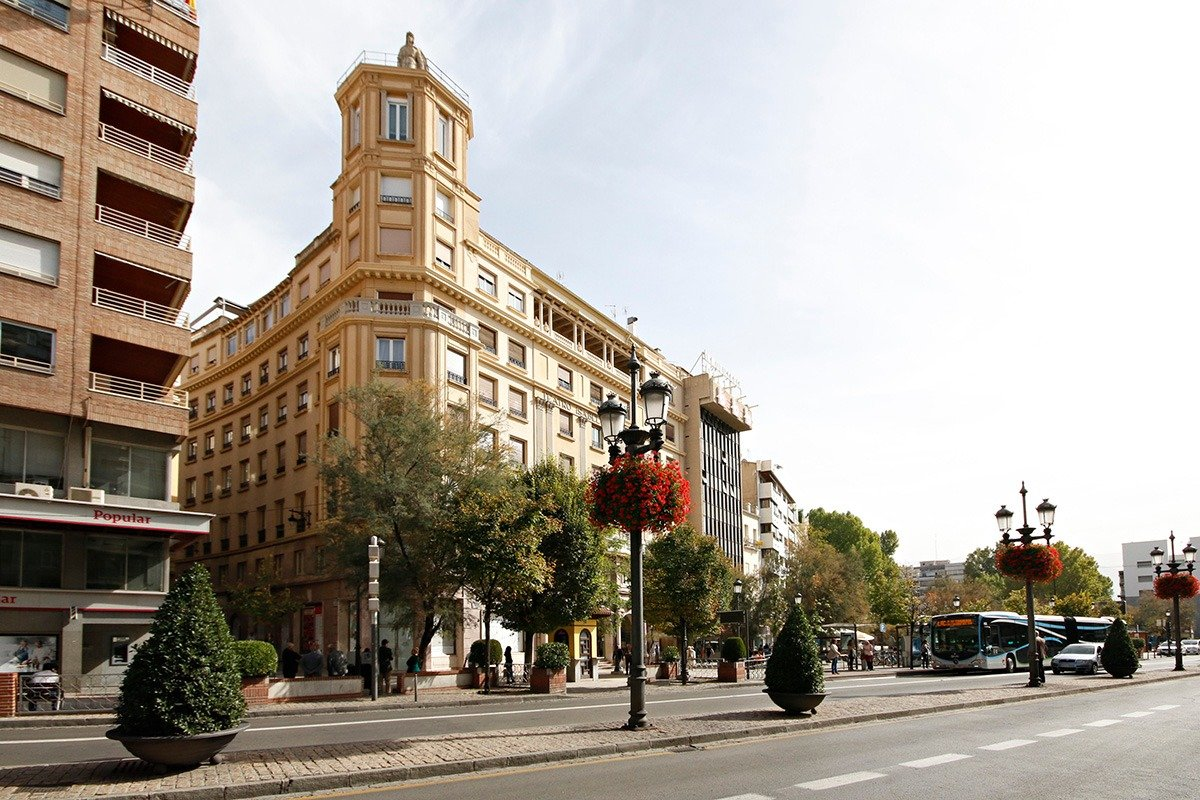 Puerta Real, Granada
