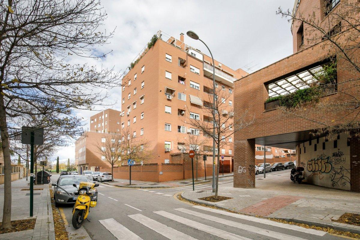 Piso de VPO en zona Sanders, Granada