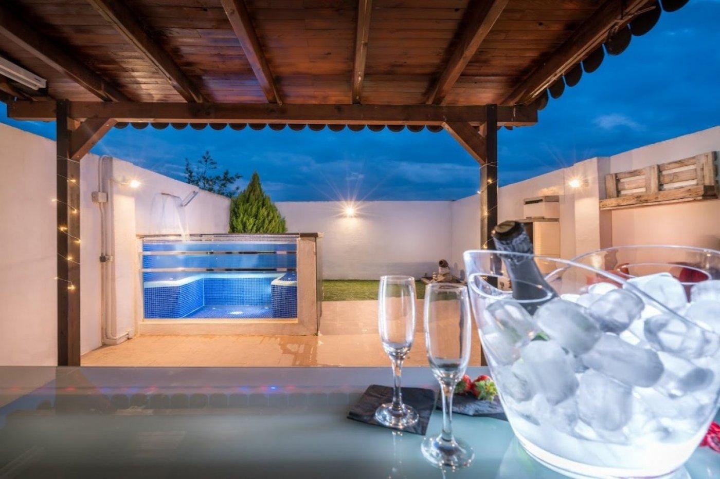 Preciosa casa adosada con vistas a la vega, Granada