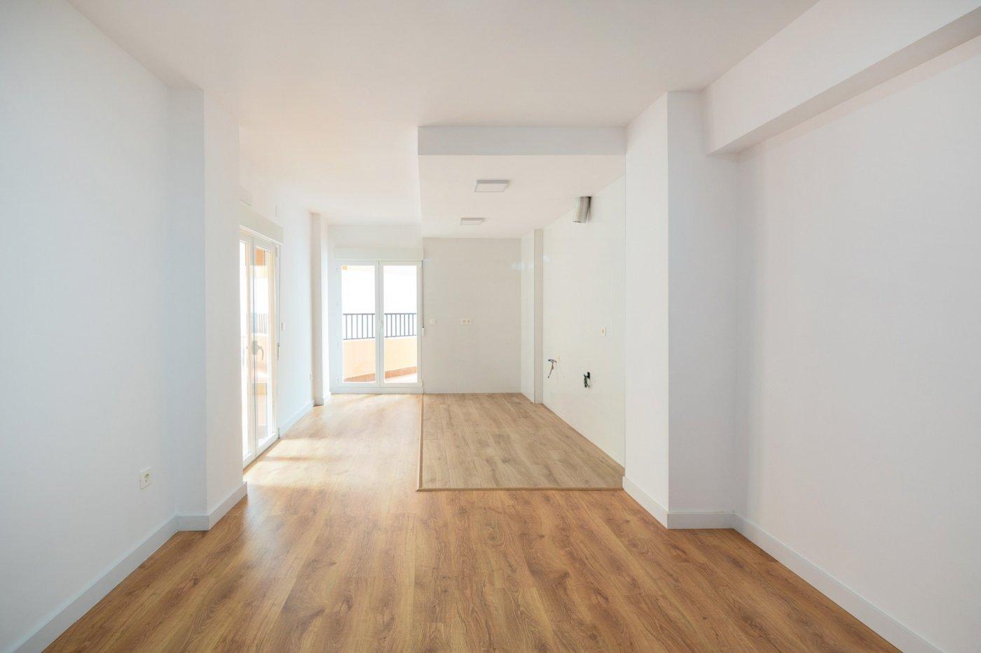 Avd américa, 3 dormitorios con terraza, totalmente reformado