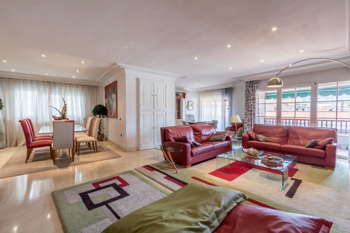 Exclusivo piso en el Centro, Granada